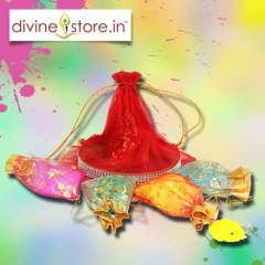 Handcrafted Holi Gift  Hamper ,Contains 5 pouches of  Gulal